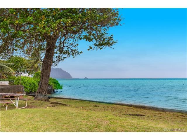 47-207 Kamehameha Highway, Kaneohe, HI 96744