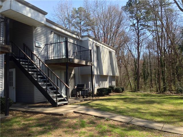 700 Farmhurst Drive T, Charlotte, NC 28217