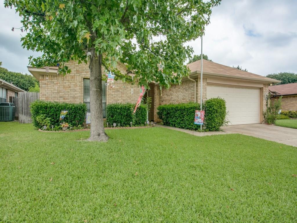 1110 Saratoga Drive, Euless, TX 76040