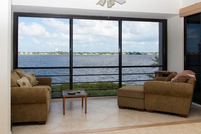 2544 NW Seagrass Drive 6B, Palm City, FL 34990