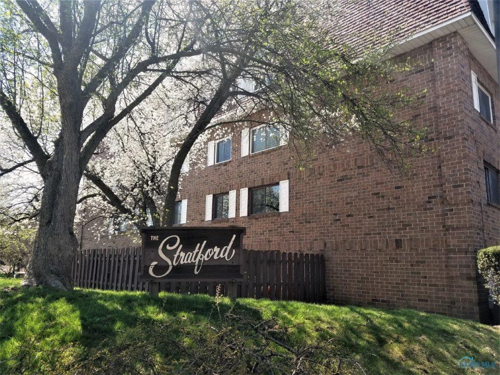 4343 W Bancroft Street 1-J, Ottawa Hills, OH 43615