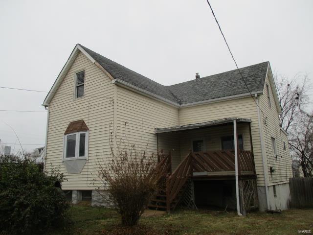 111 E Felton Avenue, St Louis, MO 63125