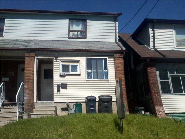 173 Caledonia Rd, Toronto, ON M6E 4S8