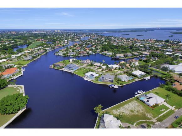 1634 BARBADOS 3, MARCO ISLAND, FL 34145