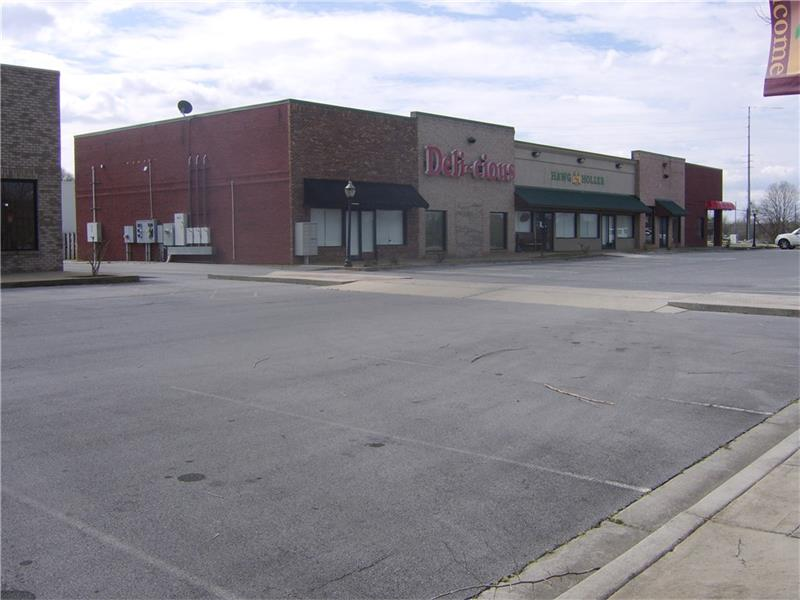 110 Sycamore Grove Court, Rockmart, GA 30153