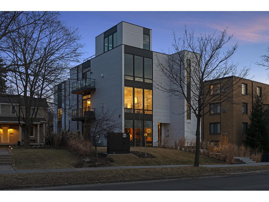 4255 Sheridan Avenue S 201, Minneapolis, MN 55410