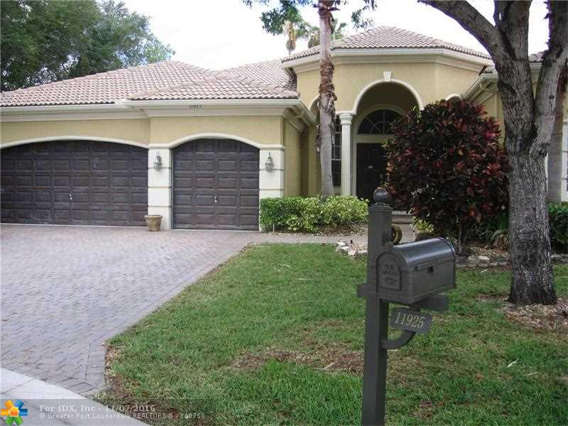 11925 NW 11th Ct, Coral Springs, FL 33071