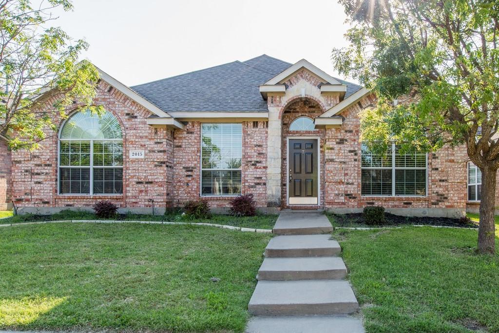 2015 Gardenridge Drive, Glenn Heights, TX 75154