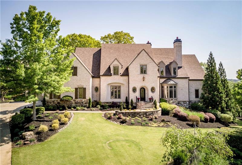 105 Manor Lake Court, Milton, GA 30004
