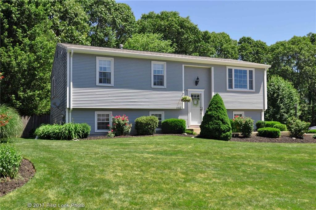 179 Mesa DR, North Kingstown, RI 02852