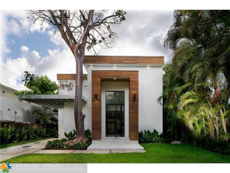 3886 La Playa Blvd, Miami, FL 33133