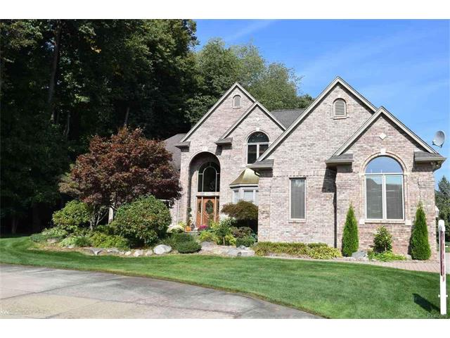 57611 Grey Fox Glen, WASHINGTON TWP, MI 48094
