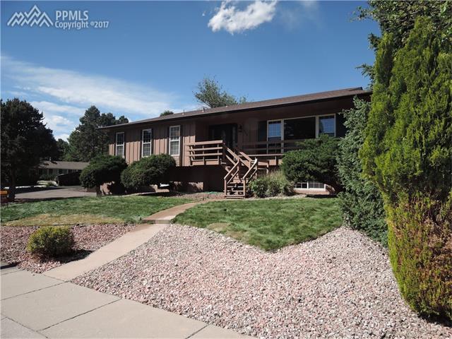 4748 Vista View Lane, Colorado Springs, CO 80915