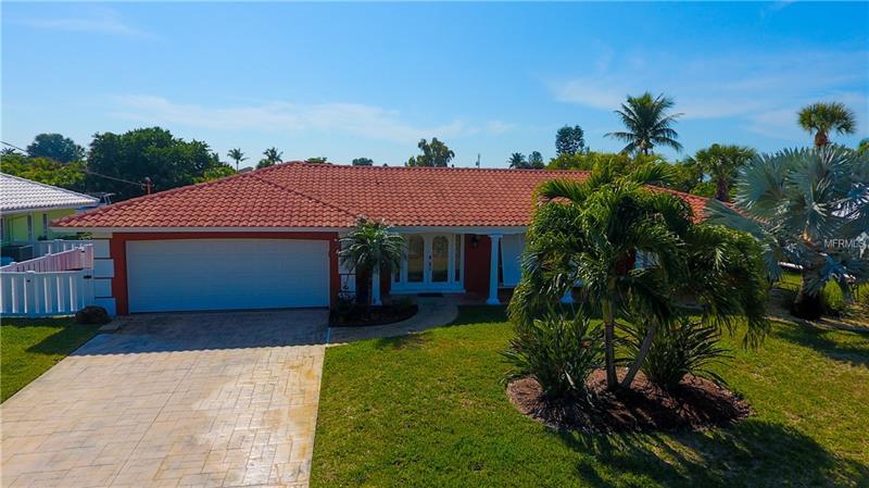 620 GLADSTONE LANE, HOLMES BEACH, FL 34217