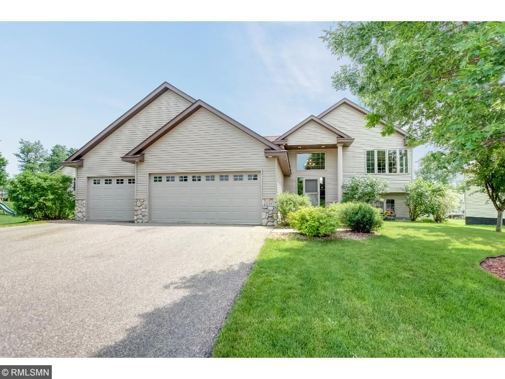 2307 Coldwater Crossing, Mayer, MN 55360