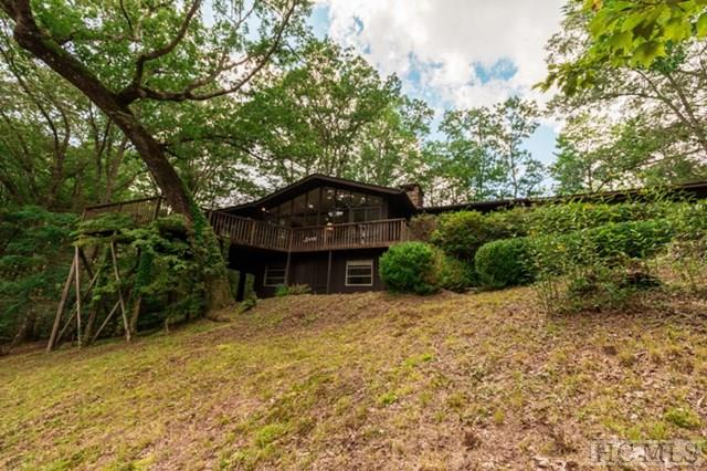 21 View Road, Glenville, NC 28736