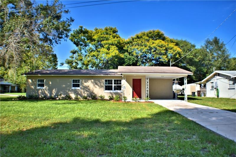 395 MCLEOD AVENUE W, EAGLE LAKE, FL 33839