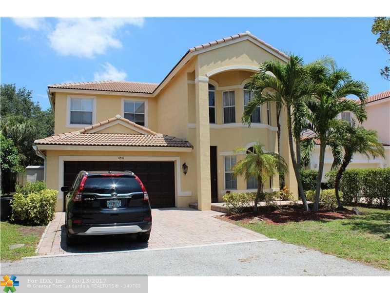 4351 N Magnolia Cir, Delray Beach, FL 33445