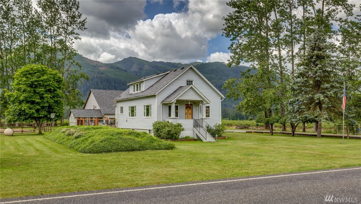 3349 Valley Hwy, Deming, WA 98244