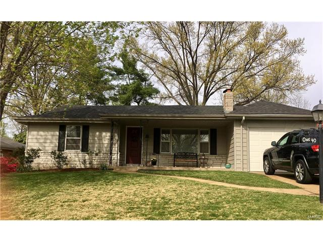 140 Blackthorn, Crestwood, MO 63123