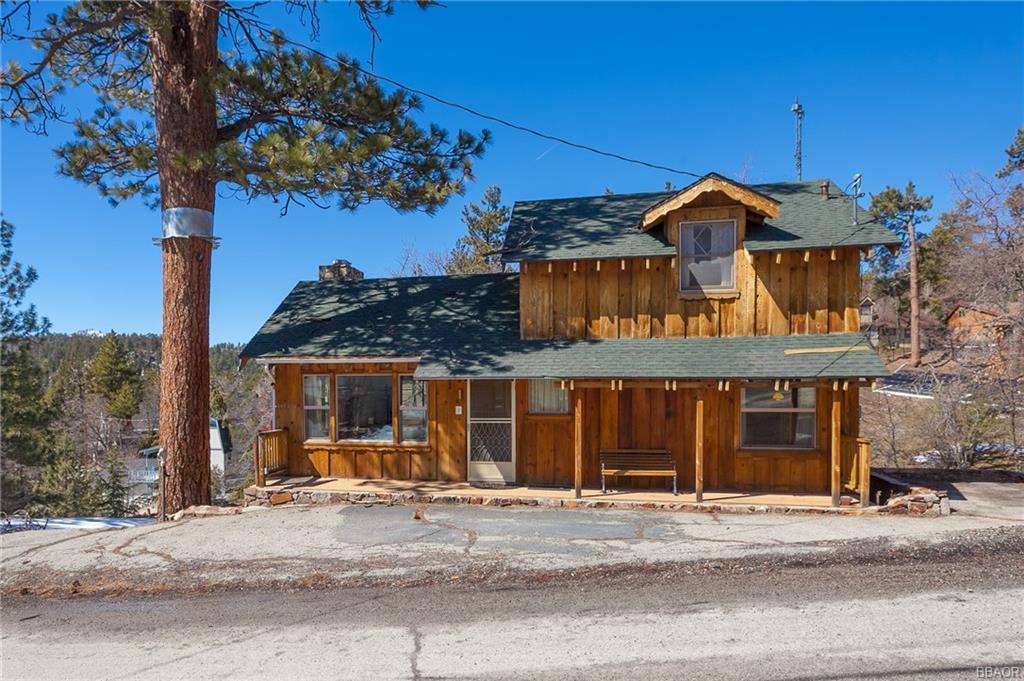 1156 Bruin Trail, Fawnskin, CA 92333