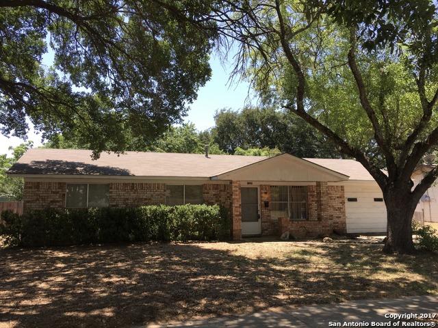 1209 MAIA ST, Pleasanton, TX 78064