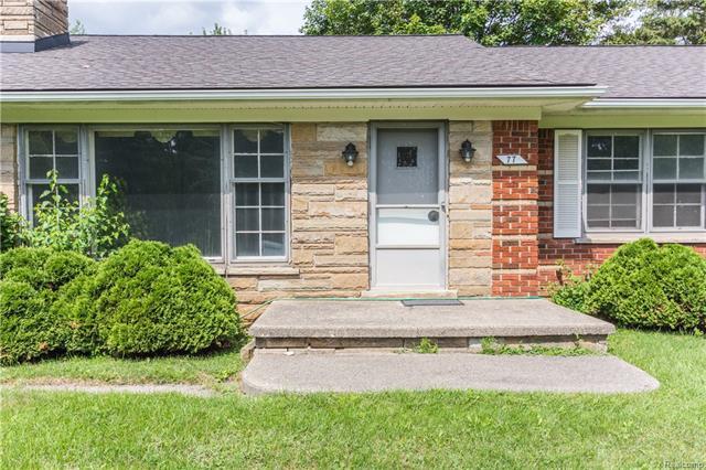 77 Randolph Road, Rochester Hills, MI 48309