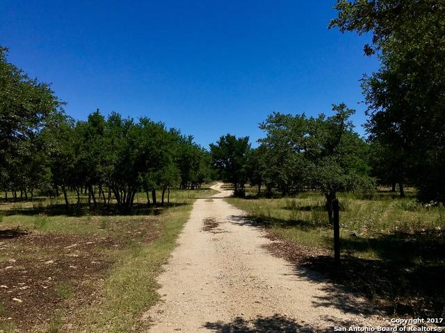 7620 ROLLING ACRES TRL, Fair Oaks Ranch, TX 78015