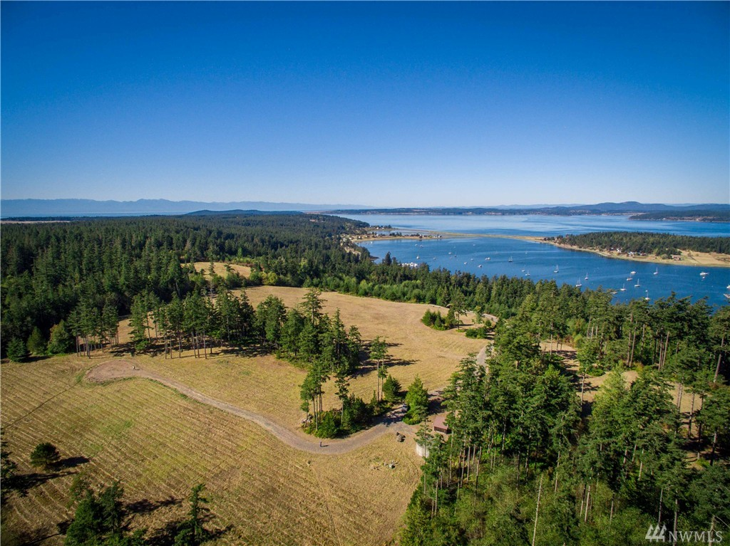 Dragon Run Rd, Lopez Island, WA 98261
