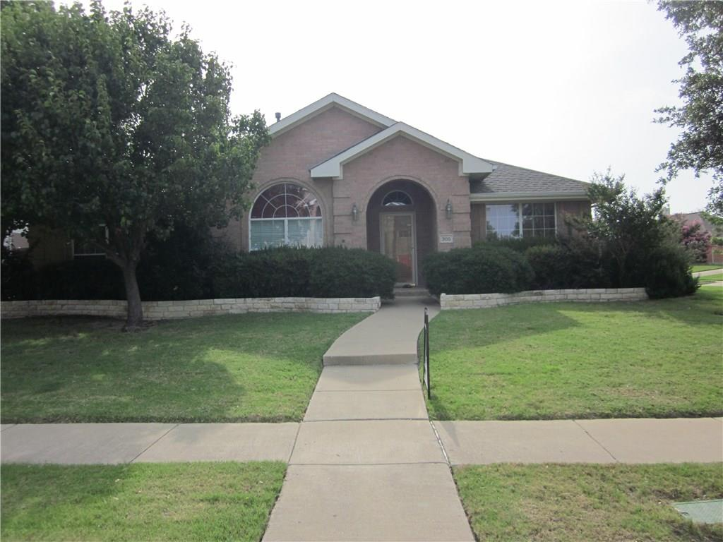 305 Holly Court, Murphy, TX 75094