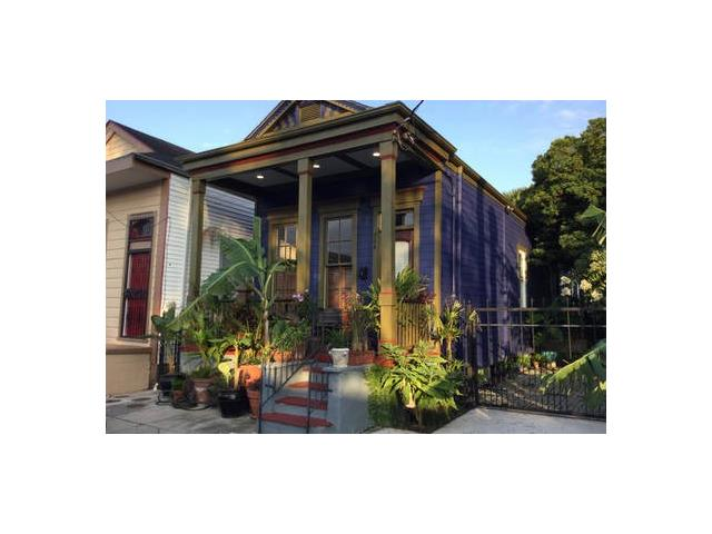 926 DESIRE Street, New Orleans, LA 70117