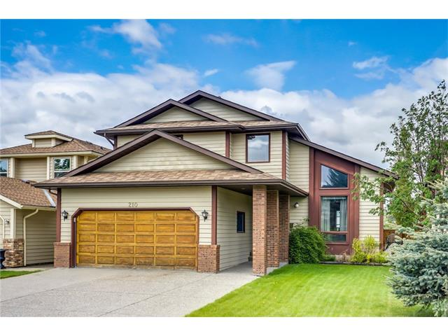 210 WOOD VALLEY Place SW, Calgary, AB T2W 5T8