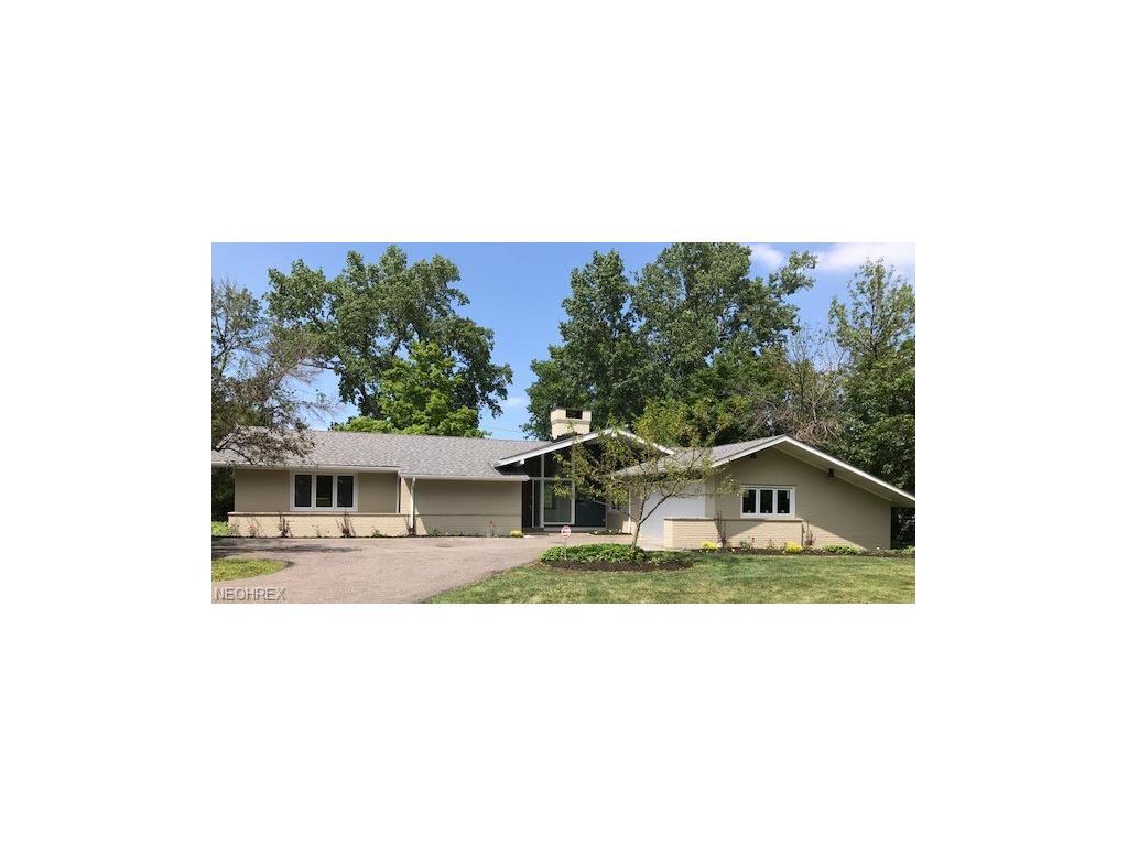 24961 S Woodland Rd, Beachwood, OH 44122