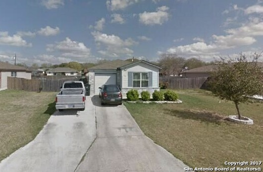 716 ROOSEVELT DR, Seguin, TX 78155