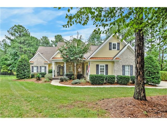 347 Bayberry Creek Circle, Mooresville, NC 28117
