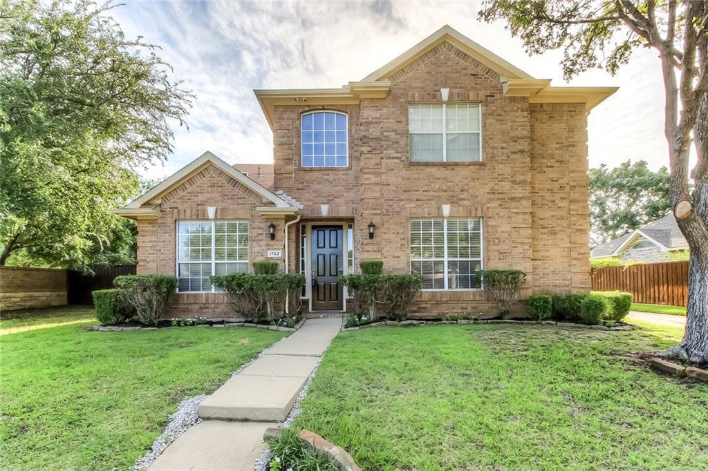 1762 Crosshaven Drive, Lewisville, TX 75077