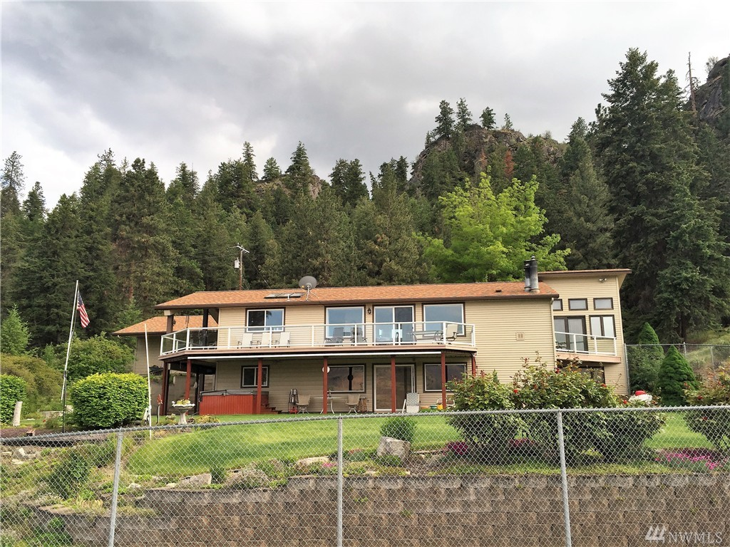 16100 Fishermans Cove E, Wilbur, WA 99185