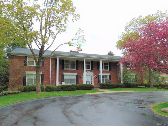 235 BARDEN Road, Bloomfield Hills, MI 48304