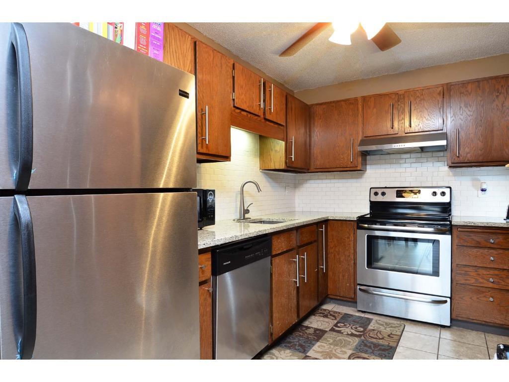 7301 W 101st Street 118, Bloomington, MN 55438