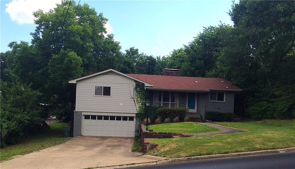 555 E North ST, Fayetteville, AR 72701