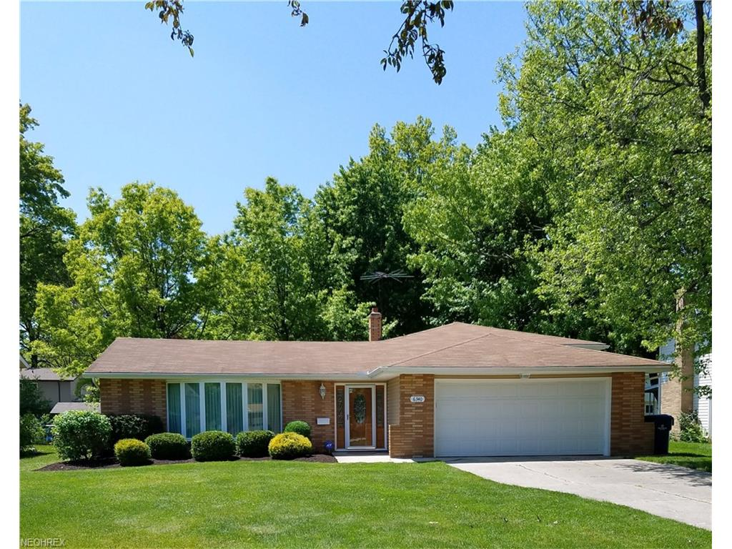 6340 Somerset Dr, North Olmsted, OH 44070