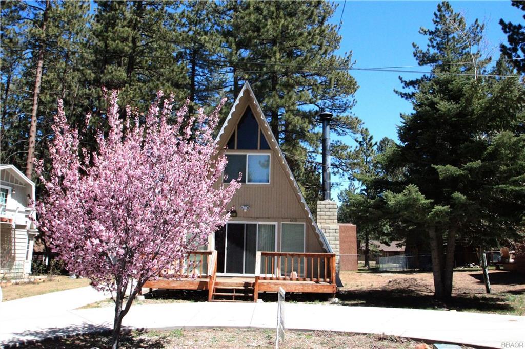 605 Ponderosa Drive, Big Bear Lake, CA 92315