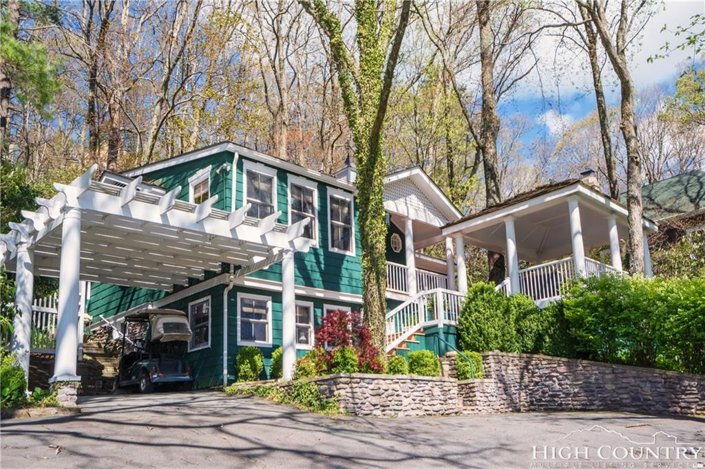 654 Goforth Road, Blowing Rock, NC 28605