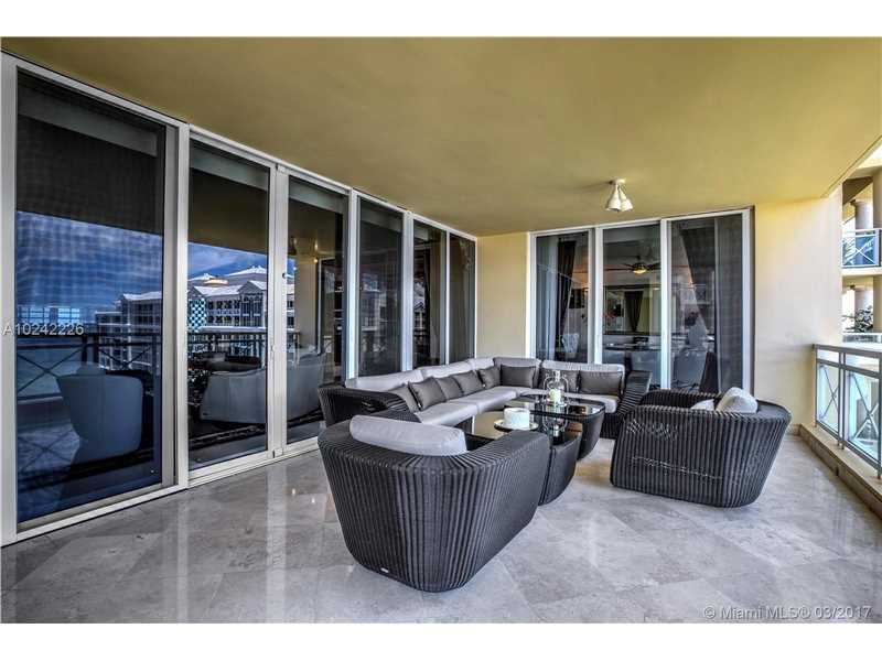 445 Grand Bay Dr PH-2B, Key Biscayne, FL 33149