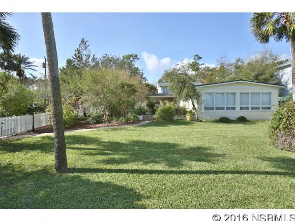 210 Riverside Dr, Edgewater, FL 32132