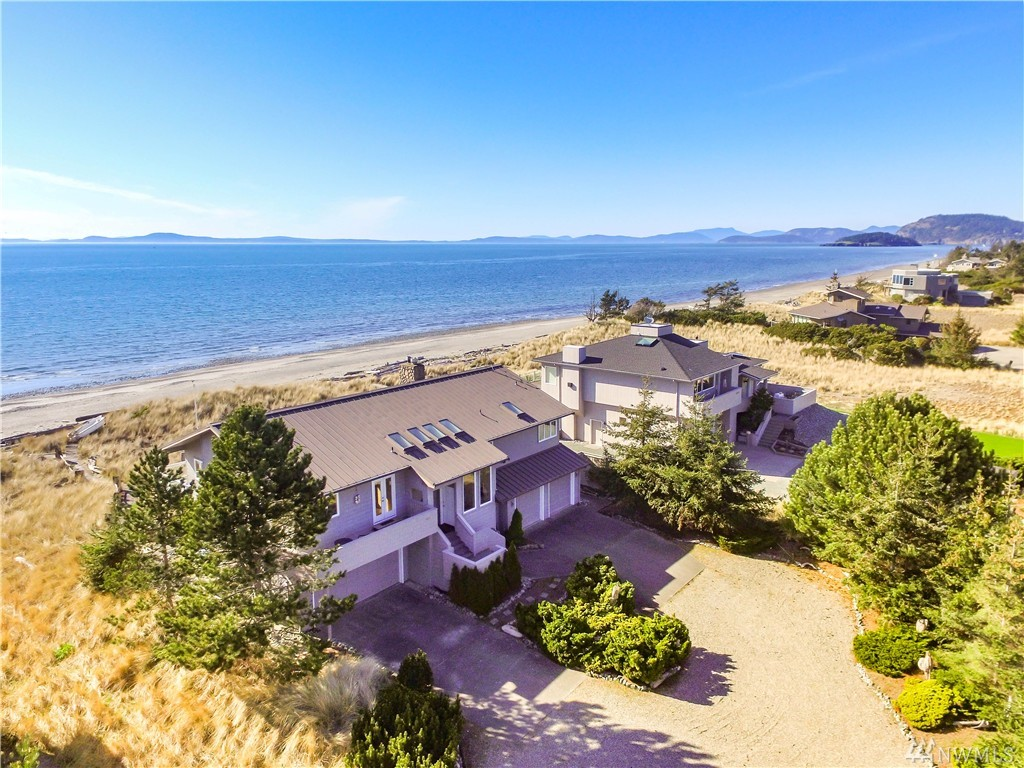 4801 Surfcrest Dr, Oak Harbor, WA 98277
