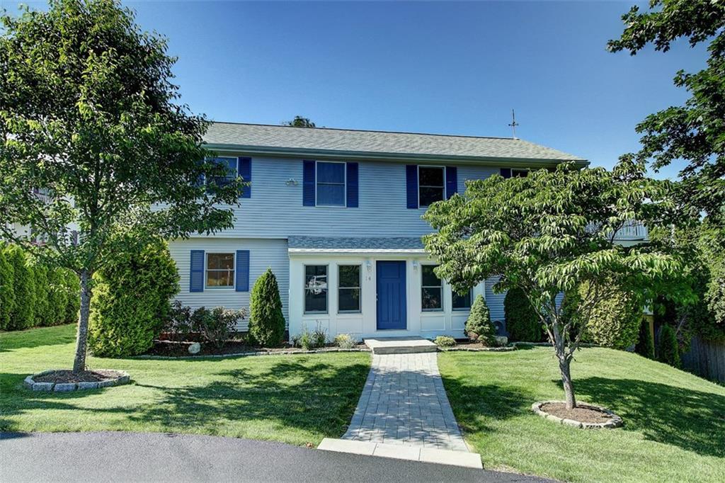 14 Johnson AV, Narragansett, RI 02882