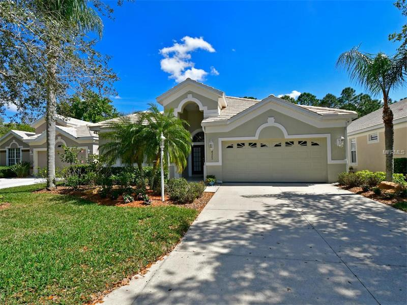 8323 WHISPERING WOODS COURT, LAKEWOOD RANCH, FL 34202