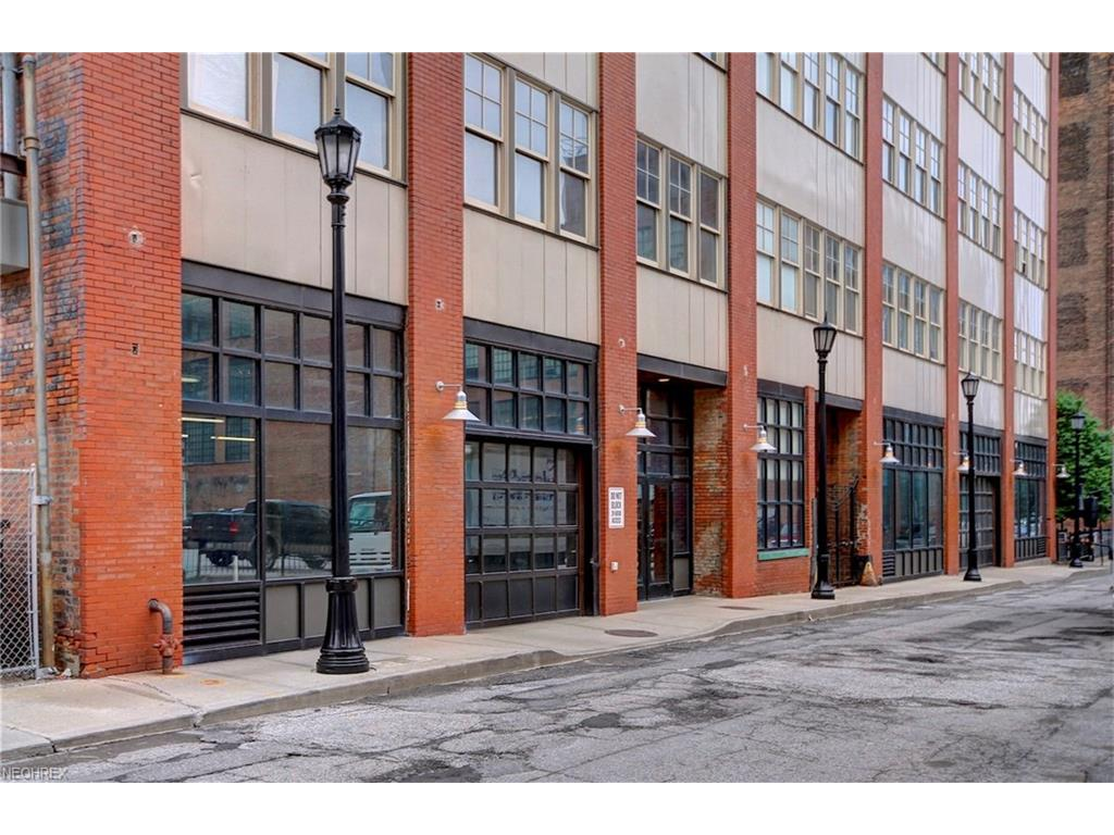 1260 W 4th St 303, Cleveland, OH 44113