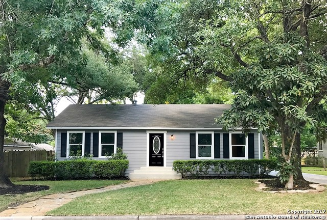 160 E OAKVIEW PL, Alamo Heights, TX 78209